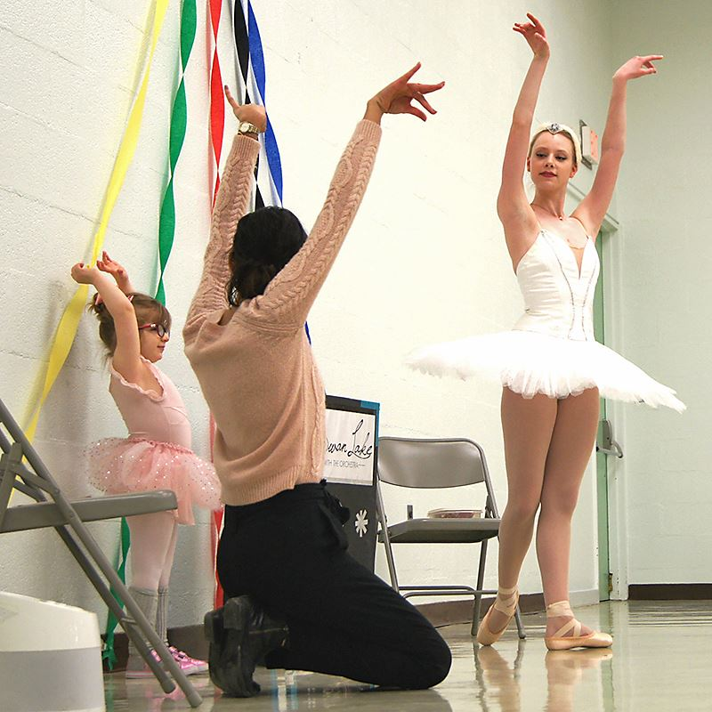 The Pittsburgh Ballet visits our students.